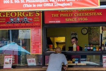 Un petit restaurant de Cheese Steak dans le quartier italien de Philadelphie